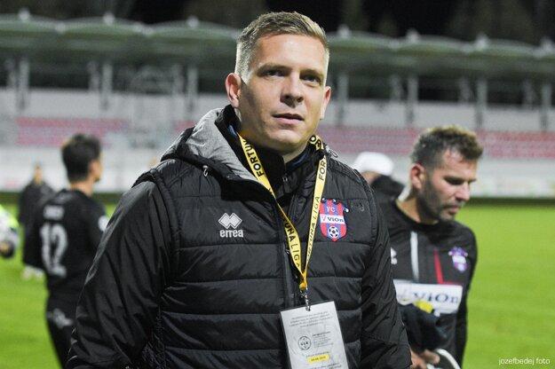 Čoskoro 32-ročný Ľuboš Benkovský je piatym najmladším trénerom histórie Fortuna ligy a najmladším koučom v dejinách FC ViOn.