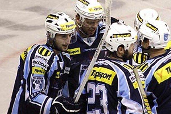 Nitra je štvrtý raz v histórii v semifinále. Roman Tománek (vľavo) verí v úspech v sérii.