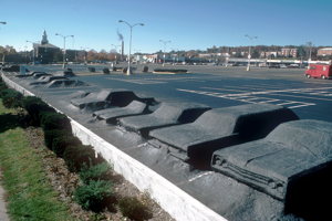 """1977 - Pohľad na """"parkovisko duchov"""""""