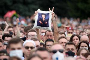 Eva je dnes v uliciach Minska súčasťou protestov proti Lukašenkovi a KGB.