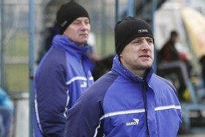 Futbalistov FC Nitra stále vedú Jozef Pavlík s Petrom Hnilicom.