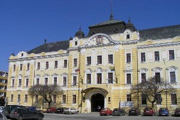 Župan Milan Belica je na čele Nitrianskeho samosprávneho kraja od vzniku súčasného modelu, ktorý rozdelil Slovensko na osem krajov.