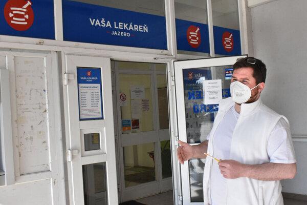 Lekáreň chce v piatok kraj odpojiť od elektriny. Ceniga to považuje za silové riešenie sporu.