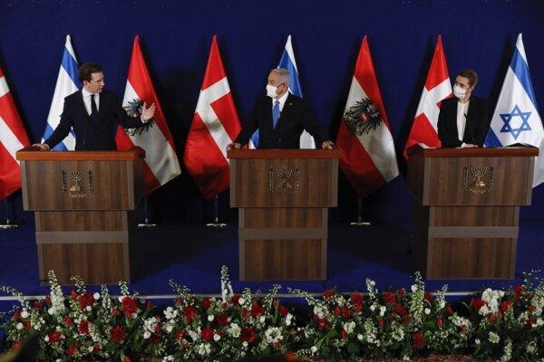 Dánska premiérka Mette Frederiksenová, izraelský premiér Benjamin Netanjahu a rakúsky premiér Sebastian Kurz počas stretnutia v Jeruzaleme.