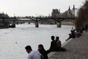 Breh Seiny v centre Paríža v stredu 3. marca.