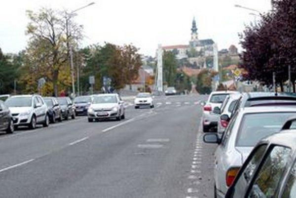Platiť sa bude aj na Ulici B. Slančíkovej, kde sídli napríklad Sociálna poisťovňa.