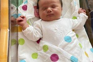 Linda Hlaváčová (4270 g, 52 cm) sa narodila 25. februára Soni a Petrovi zo Slavnice.
