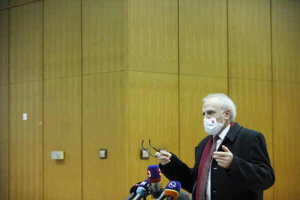 Minister pôdohospodárstva Ján Mičovský.