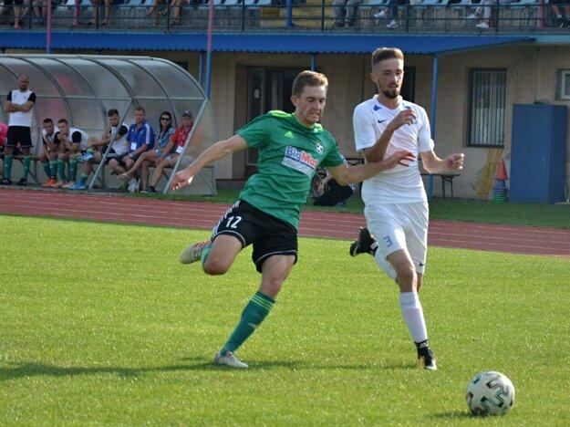 Momentka zo zápasu Holíč - Mokrý Háj.