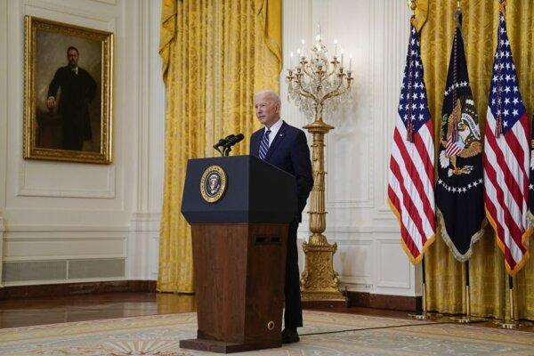 Americký prezident Joe Biden počas tlačovej konferencie v Bielom dome.