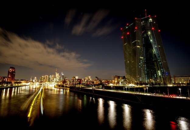 Väčšinu svetiel vypla aj Európska centrálna banka vo Frankfurte.
