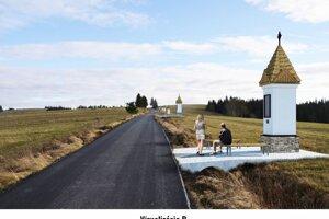 Takto by mala vyzerať Krížová cesta na Chlapský grú v Mútnom.