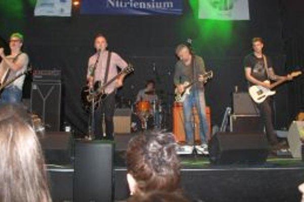 Na súťaži vystúpila aj stálica hudobnej scény - kapela Hex.