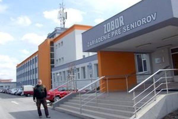 Bývalá detská nemocnica na Zobore dnes slúži seniorom.