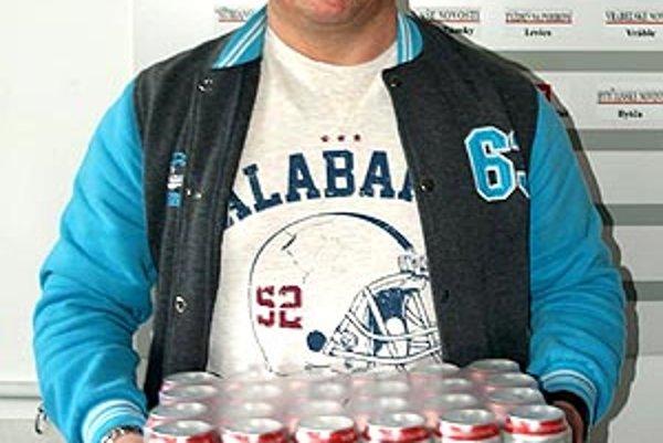 Pre kartón piva Corgoň si prišiel víťaz 4. kola Jozef Gutai.