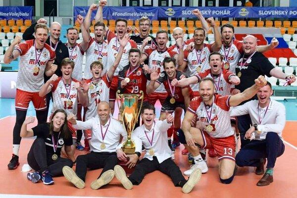 Prešovskí volejbalisti vo finále Slovenského pohára zdolali súpera zo Svidníka.