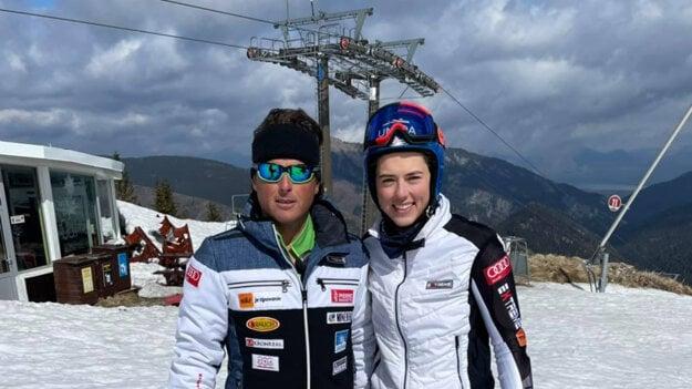 Petra Vlhová a Mauro Pini.