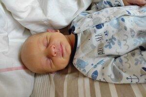 Michal Debnár (3660 g, 52 cm) sa narodil 13. apríla Dominike a Martinovi z Trenčianskeho Jastrabia.