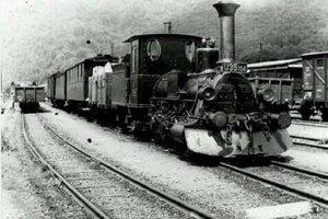 V minulosti vozil do Banskej Štiavnice ľudí a náklad legendárny parný vlak Štiavnická Anča. Tento názov dostal aj turistický vláčik.