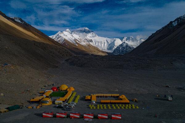 Základný tábor pod Mount Everestom.