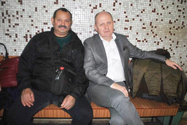 Vľavo Róbert Rybár, vpravo obhajca Roman Kvasnica na jednom zo starších pojednávaní.