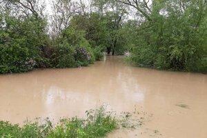 Olšava v Nižnom Čaji v utorok večer.