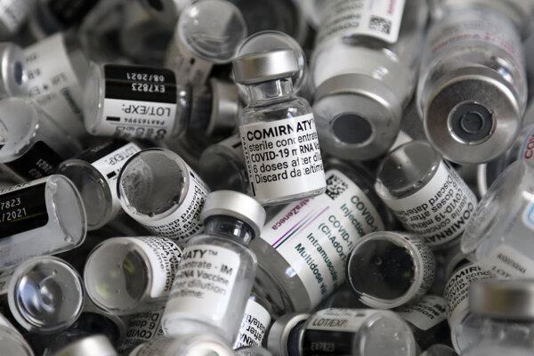 Očkovanie a koronavírus: Vakcína od spoločnosti Pfizer.