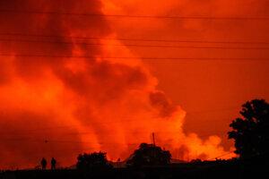 Sopka Nyiragongo ohrozuje neďaleké mesto.