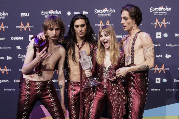 Talianska glamrocková skupina Maneskin.