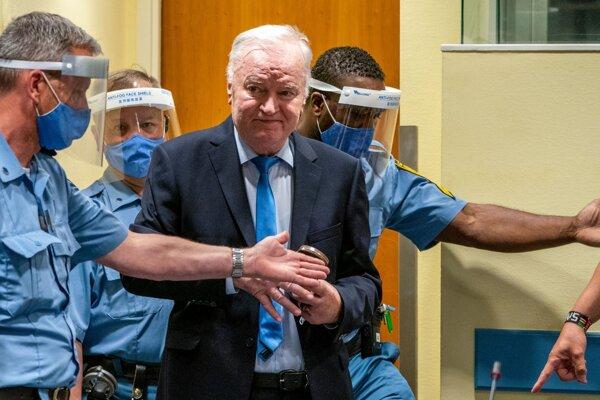 Mladič na súde. Foto: TASR/AP