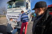 Šéf UNAS Stanislav Skala (vpravo) prízvukuje, že sa môže zopakovať rok 2020, kedy už autodopravcovia štrajkovali.