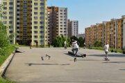 Plocha na sídlisku Sásová v Banskej Bystrici, ktorú doposiaľ využívali skateri, bikeri a kolobežkári, no pre revitalizáciu vnútrobloku musia priestor vypratať.