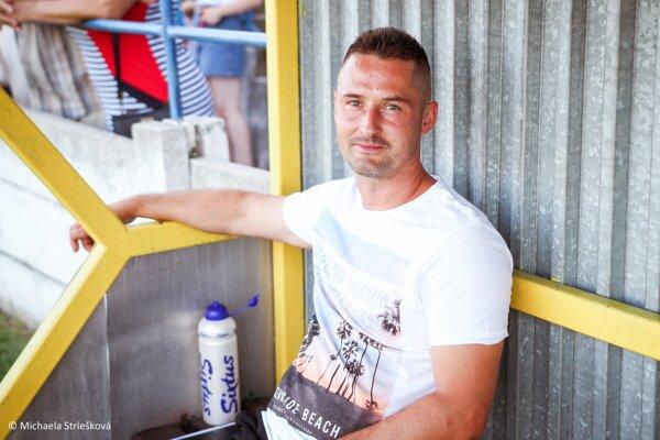 Tréner Vrábeľ Roman Zima.