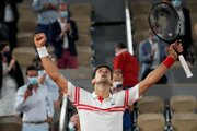 Novak Djokovič zdolal Rafaela Nadala v semifinále Roland Garros 2021.