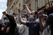 Protest proti krajnej pravici.
