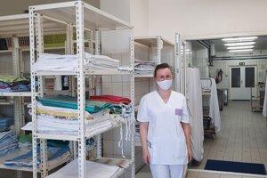 Mesačne operie práčovňa až jednu tonu prádla.