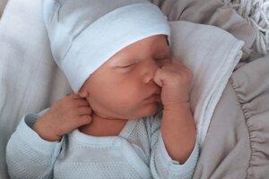Mateo Kokavec (3360 g, 49 cm) sa narodil 12. mája Dagmare a Ivanovi z Bolešova.