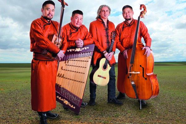 V posledný deň festivalu vystúpi aj skupina SEDAA, ktorá spojila dokopy mongolskú a orientálnu hudbu.