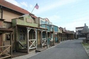 Ako lákadlo pre návštevníkov vzniklo aj westernové mestečko.