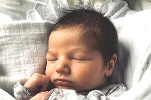 Jakub Klein (3500 g a 50 cm) sa narodil 1. marca o 8.55 hodine v Leviciach rodičom Veronike a Jakubovi Kleinovcom. Doma sa na neho tešila sestrička Linduška.