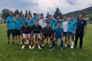 Úspešná generácia futbalistov pod vedením Štefana Kavuliaka.