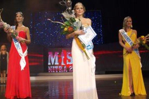 Tri víťazky súťaže Miss Nitra 2012.