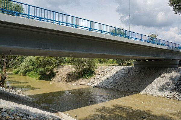 Zrekonštruovaný most.