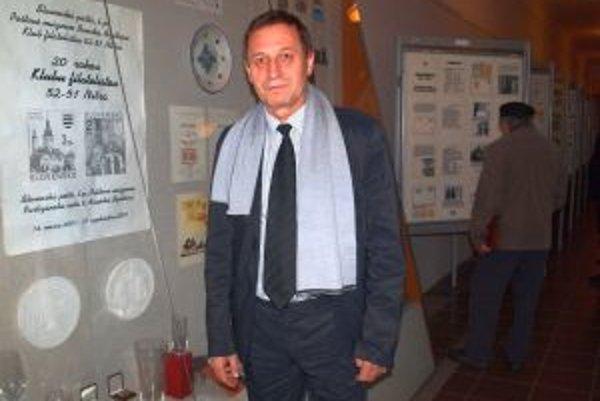 Miroslav Ňaršík, tajomník klubu 52-51 a predseda Zväzu slovenských filatelistov.