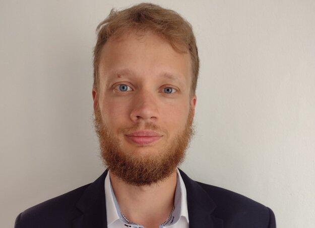 Vincent Bujňák, ústavný právnik, Právnická fakulta Univerzity Komenského v Bratislave.
