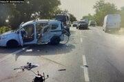 Medzi Sencom a Bratislavou sa stala vážna dopravná nehoda.