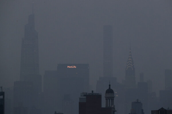 New York zahalil šedivý opar.
