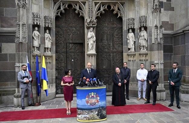 Štvrtková tlačová konferencia, na ktorej mesto a Arcibiskupský úrad odprezentovali aktuálne informácie o návšteve pápeža.