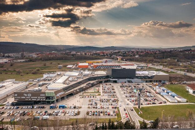Výstavba druhej etapy Eperie Shopping Mall je v záverečnej fáze.
