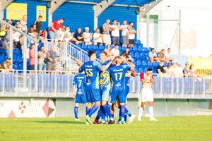 Hráči FK Humenné vúvodnom kole II. ligy privítali na svojom štadióne ašpiranta na postupŽP Šport Podbrezová.
